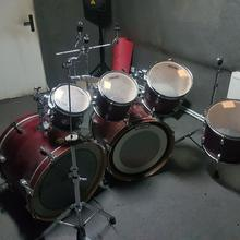 Sonor Force 2005, две бочки.