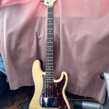 Fender  precision 57 1990 Натурал