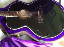 Gibson J-180