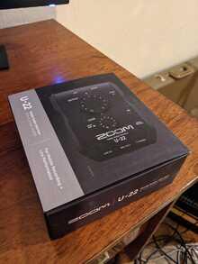 Аудионтерфейс Zoom U-22