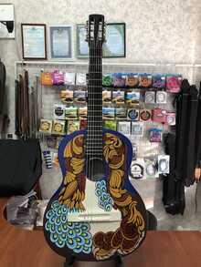 (4749) Гитара с Росписью Новые Колки и Струны