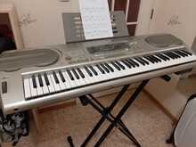 Продам синтезатор Casio WK3300 срочно