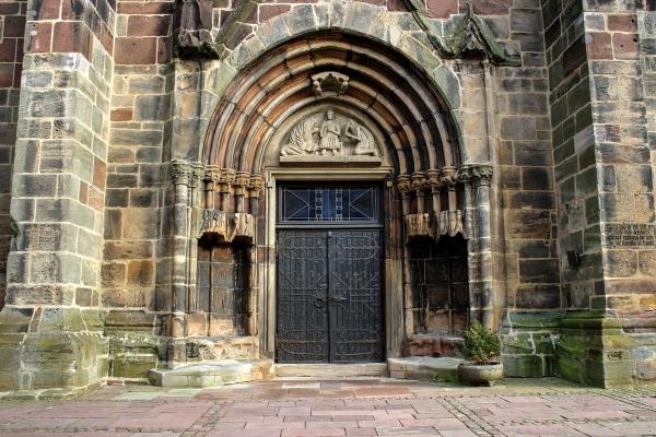 church-2341915_1920