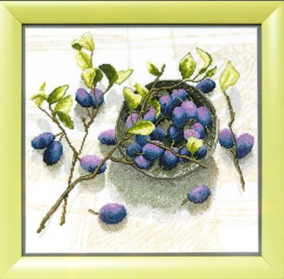 Plum smell | Needlepoint Kits