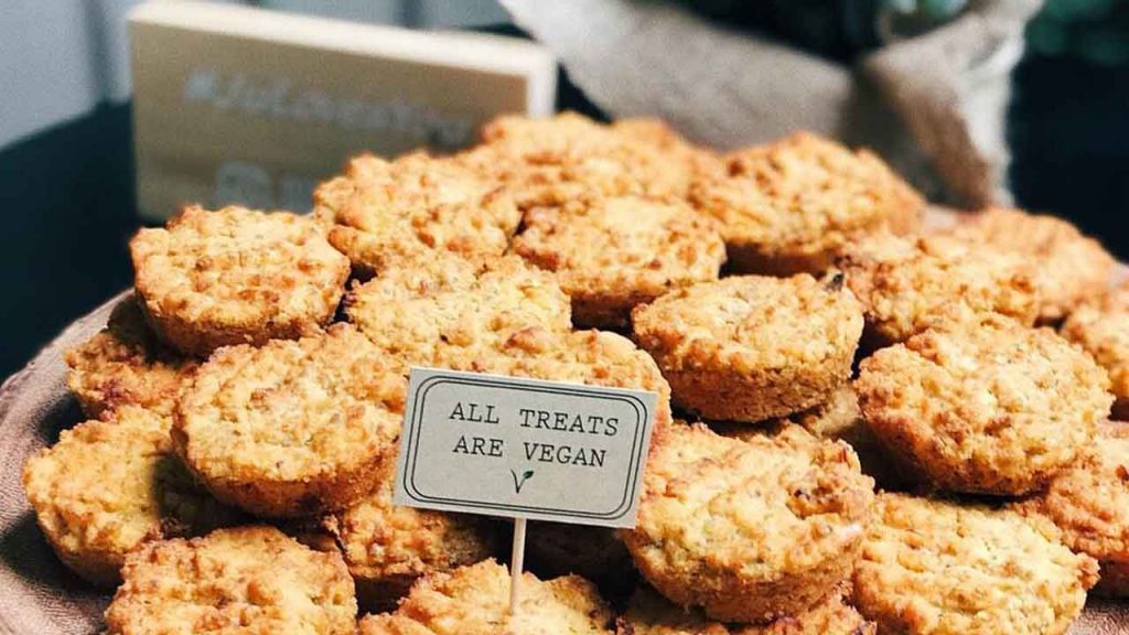 Bi Nevi Deli - All treats are vegan!