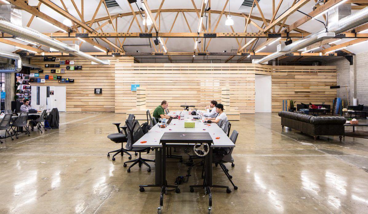 Владельцы WordPress закрывают офис из-за неявки сотрудников