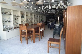 Auction Of Over 1300 Lots Without Reserved Prices Consisting of Modern Lighting - Indoor & Outdoor Furniture.