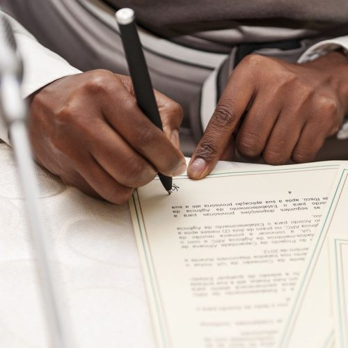 Unterzeichnung des Kooperationsvertrages mit dem Gesundheitsministerium von Burkina Faso am 04.02.2020