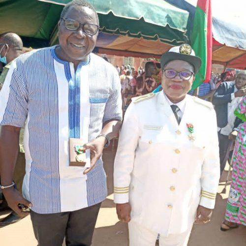 Am 11.12.2020 wurde unser Verein von dem Staat Burkina Faso für unsere bisherige Arbeit mit einem Orden ausgezeichnet