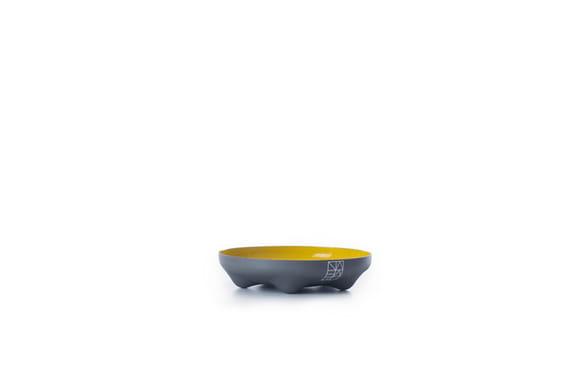 Small Bowler - big by  Nahaku,