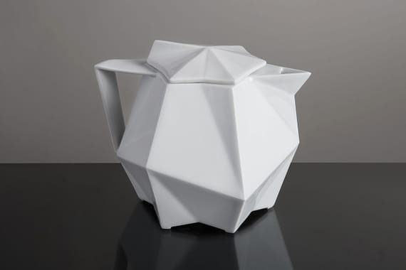 TEAPOT  by  Vjemy,