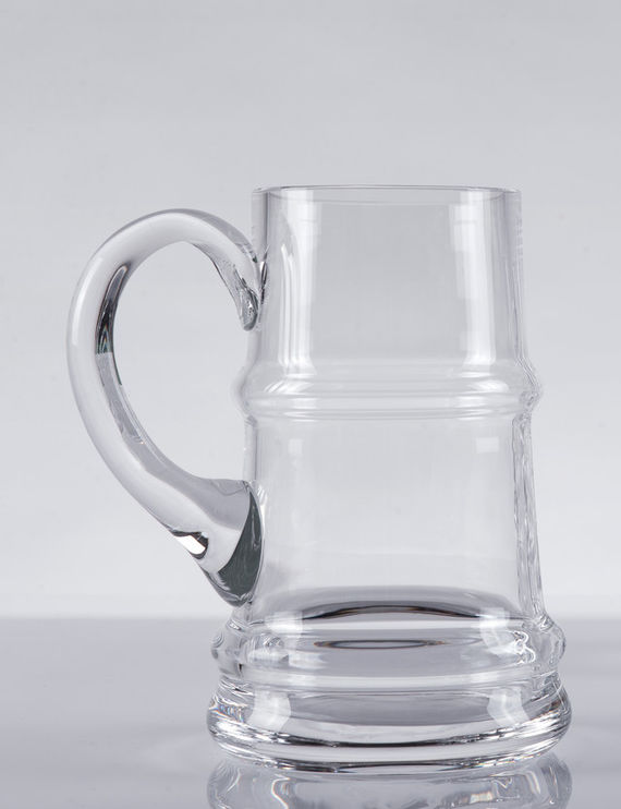 Redesign of beer mug / pure by Lukáš  Houdek,