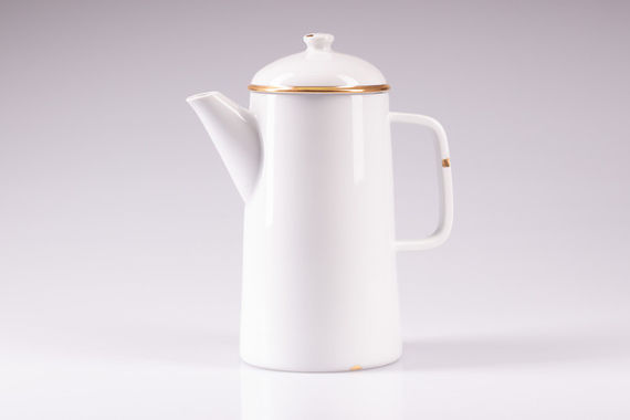 PORCELAINE TEAPOT / Gold by  Luckavo,