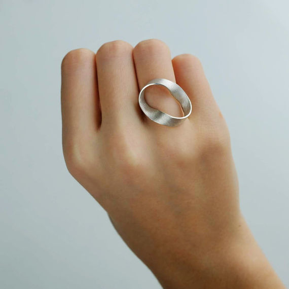 Ring (collection FLUID) by  Chana,