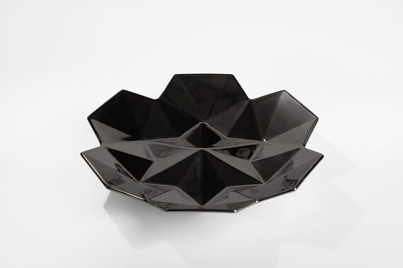 Black large bowl by  Vjemy,