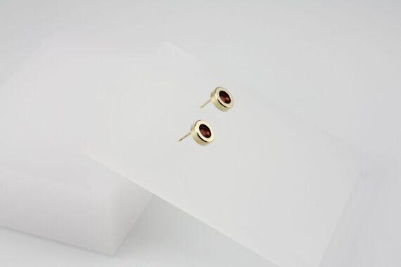 Kyō earrings dots + acrylic by Katerina  Reich,