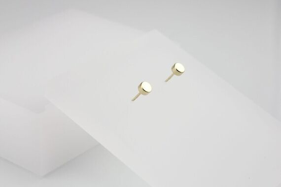 Kyō earrings dots small by Katerina  Reich,