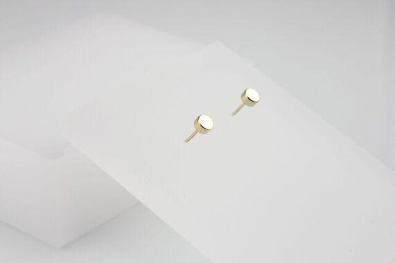 Kyō earrings dots small by Katerina  Reich,