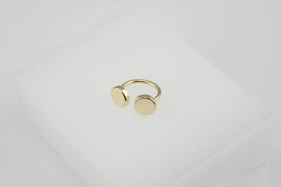 Kyō ring by Katerina  Reich,