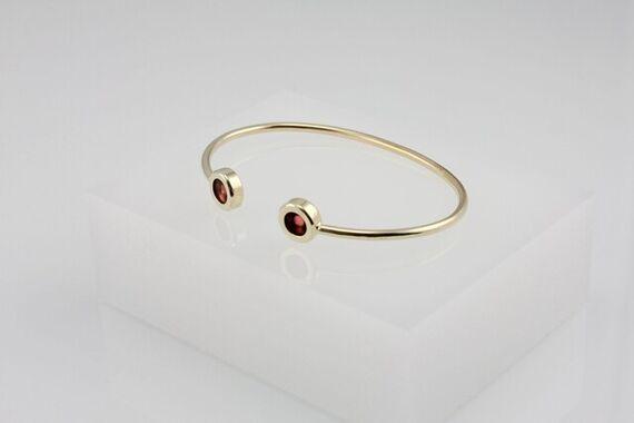 Kyō bracelet by Katerina  Reich,