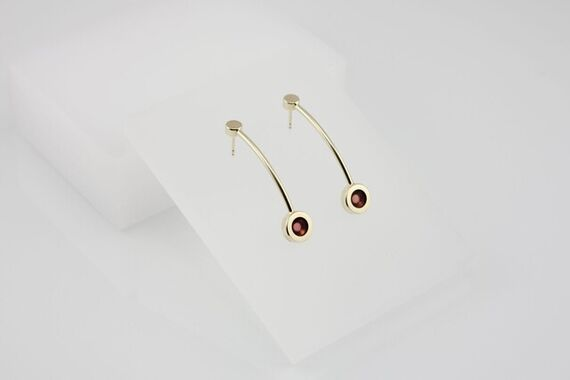 Kyō earrings long + acrylic by Katerina  Reich,