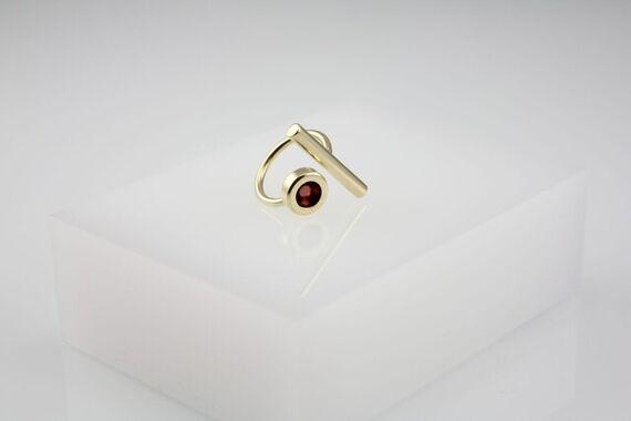 Kyō stick ring by Katerina  Reich,