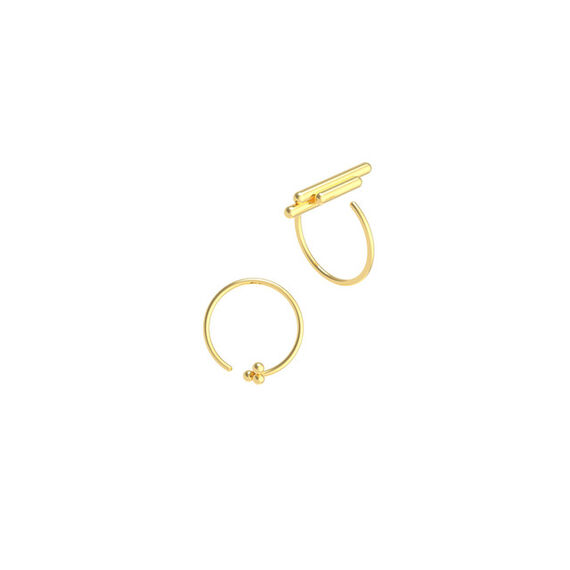 Space ear/ring yellow by Antonie  Lechér,