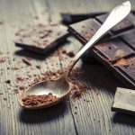 Limitare il cioccolato ai bambini non è sempre una scelta salutare