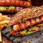 Il cibo spazzatura può causare un aumento dei casi di depressione?