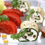Zucchine, erbe aromatiche e feta persiano