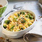 Pastina arancione con broccoli
