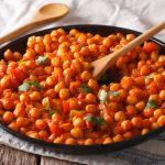 Pomodori e ceci al curry: che bontà!