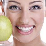 6 cibi per denti più bianchi