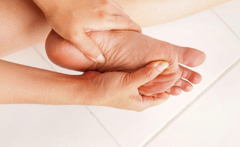 fascite plantare: le verità sul dolore al piede | Pazienti.it