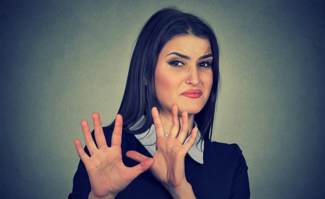Sapore metallico in bocca, che fastidio! Vediamo le 7 cause più comuni | Pazienti.it