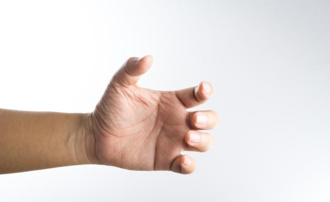 Formicolio al braccio appena svegli? Meglio non dormirci sopra! | Pazienti.it