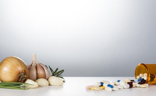 Farmaci e alimentazione: prestate attenzione a cosa mangiate! | Pazienti.it