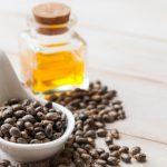 10 utilizzi dell'olio di ricino: benefici e proprietà | Pazienti.it