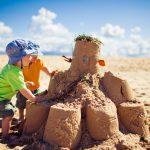 In quali pericoli incorrono i bambini, se mangiano la sabbia? | Pazienti.it