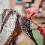 Tumore al seno: il rischio aumenta con le tinture per capelli? | Pazienti.it