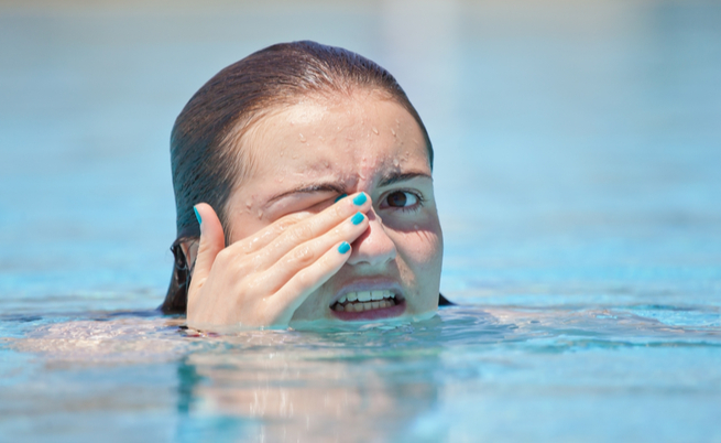 Allergia al cloro sapresti riconoscerla - Why eyes get red in swimming pool ...