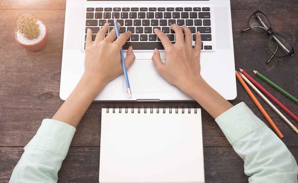 Artrosi alle mani colpa del computer - Bagni di paraffina alle mani ...