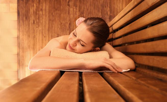 Sauna bagno turco massaggi e relax borso del grappa domenica