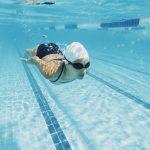 8 ragioni per cui nuotare fa bene alla salute