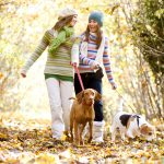 Una passeggiata al giorno riduce il rischio di tumore al seno