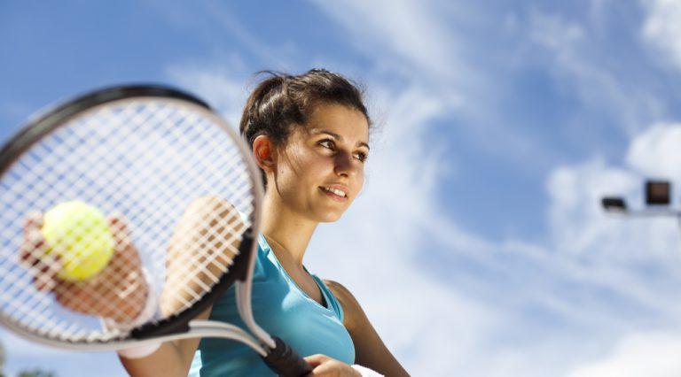 tennis fa bene: ecco perché potrebbe allungare la vita