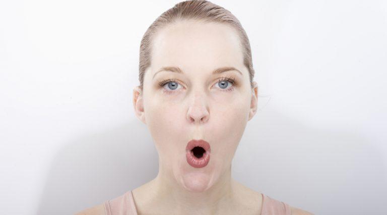 yoga per la faccia: gli esercizi per il viso