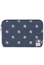 Herschel Anchor MacBook Sleeve, Navy/White Yankees