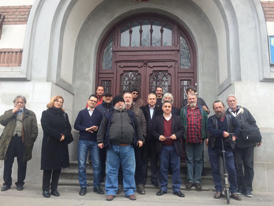Participanții la Adunarea Generală Extraordinară a USR din 19 martie