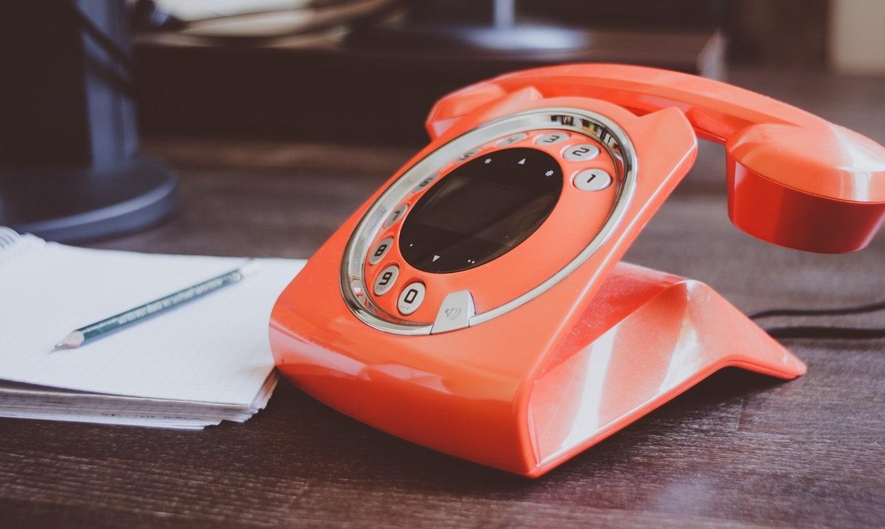 un telefono fisso